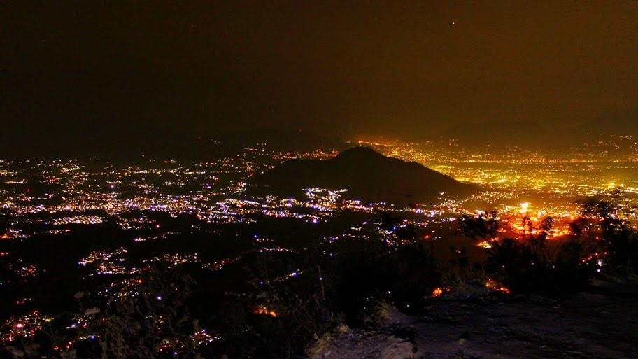 gunung manglayang malam hari