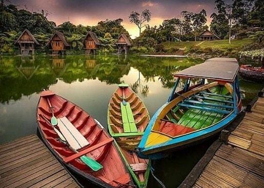 harga tiket masuk floating market lembang