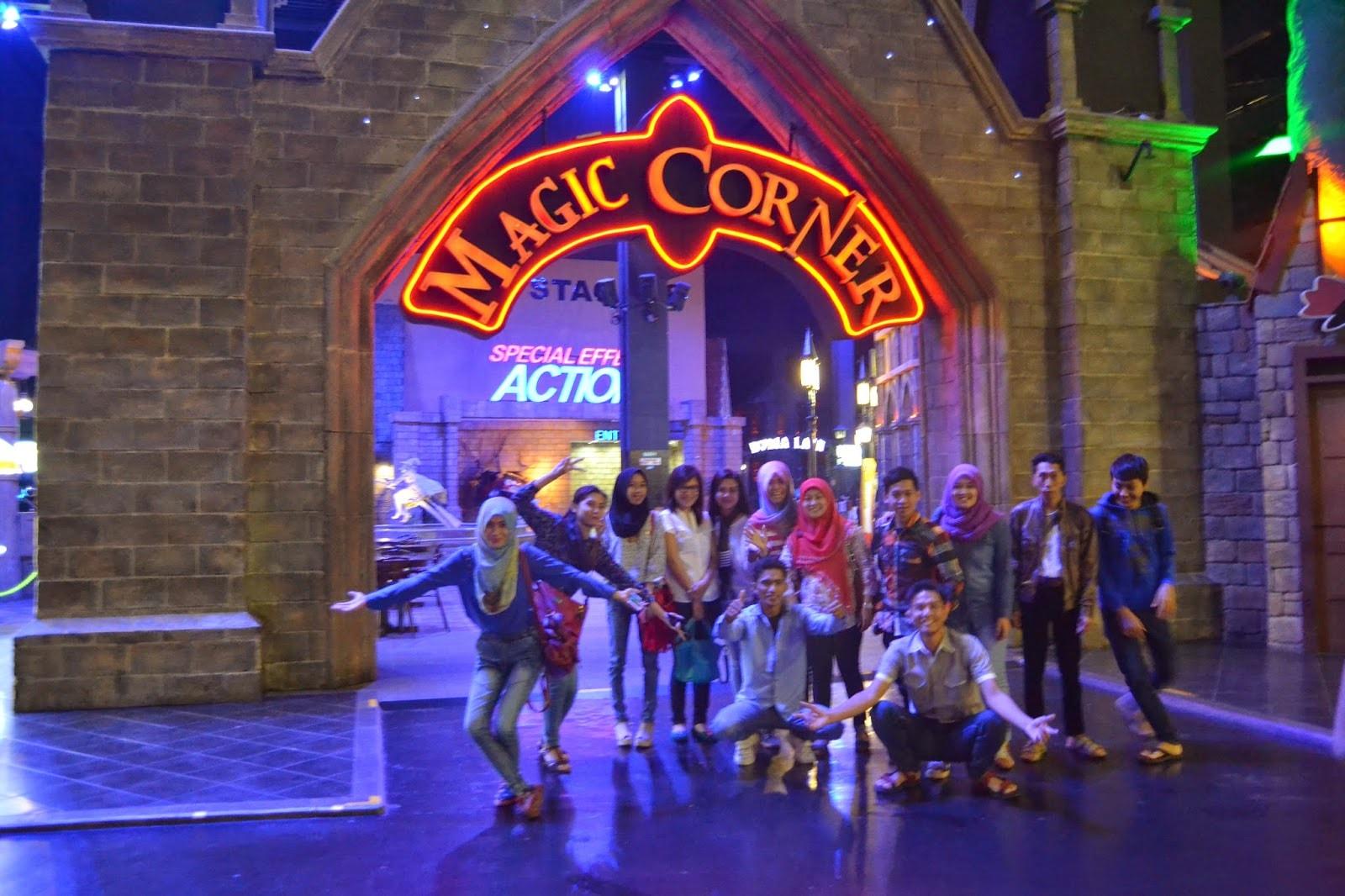 magic corner trans studio bandung