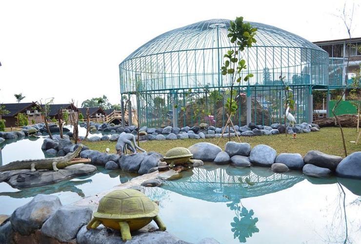 taman burung ciwidey valley resort