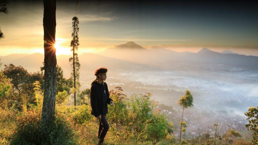 wisata gunung putri