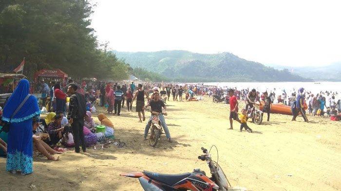 gambar foto pantai gemah