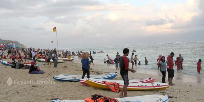 olahraga air watersport pantai pandawa