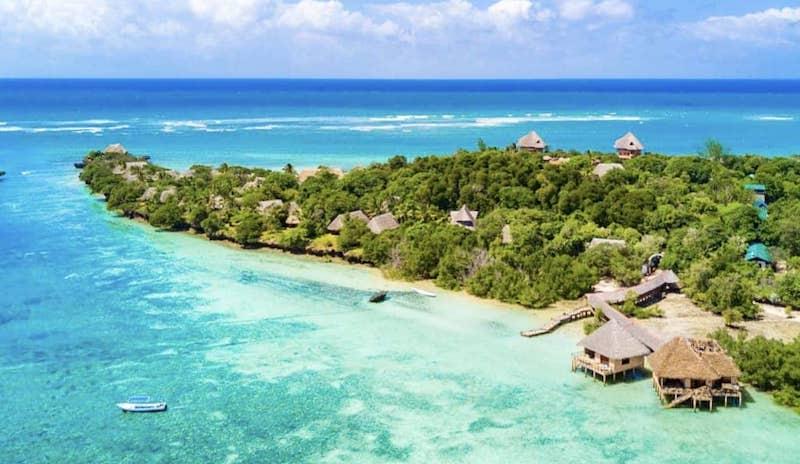 pantai diani terindah di dunia