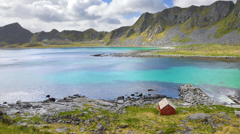pantai vaeroy norwegia terindah di dunia