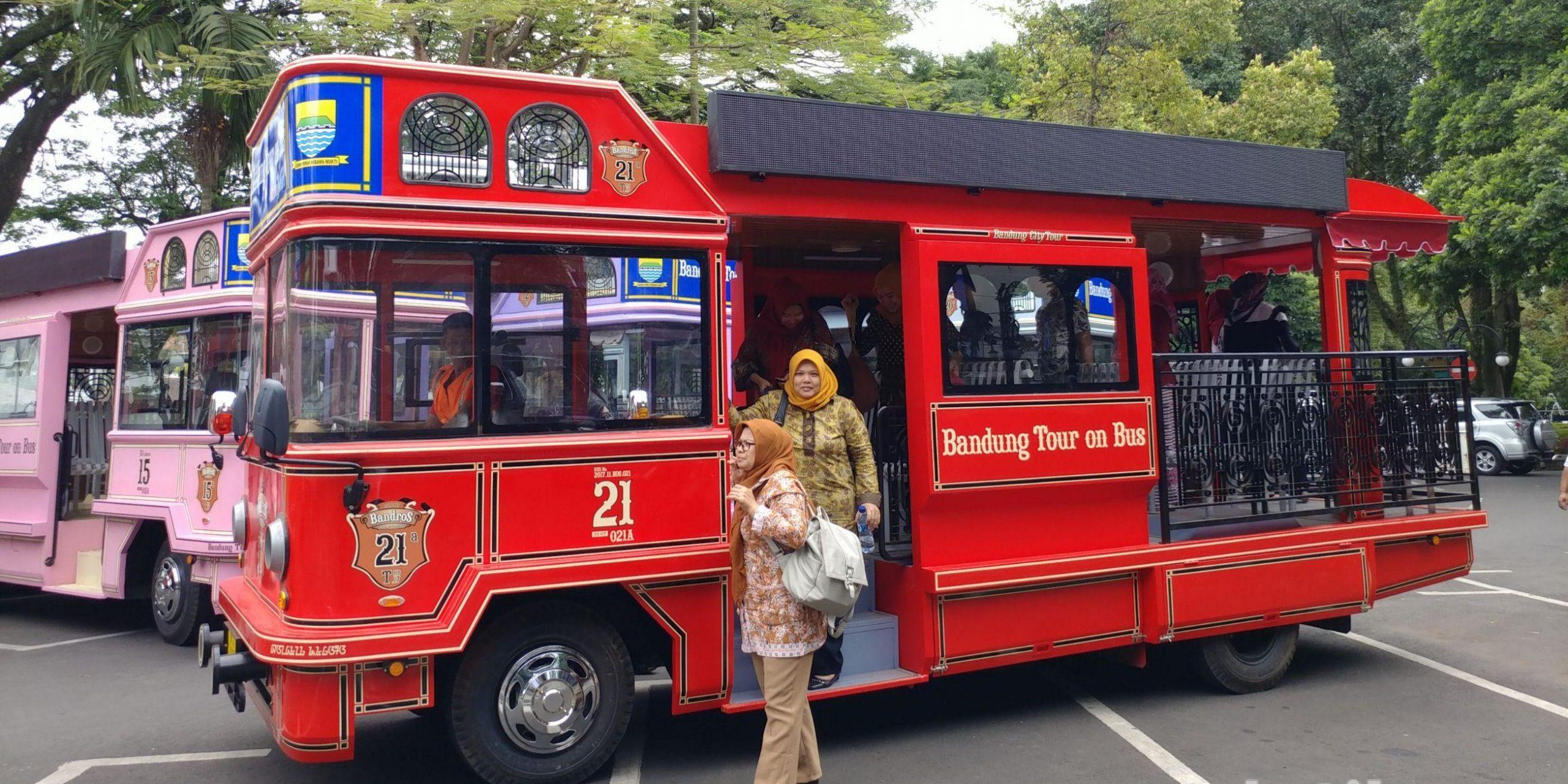 Bandros: Bandung Tour On Bus On Viral!