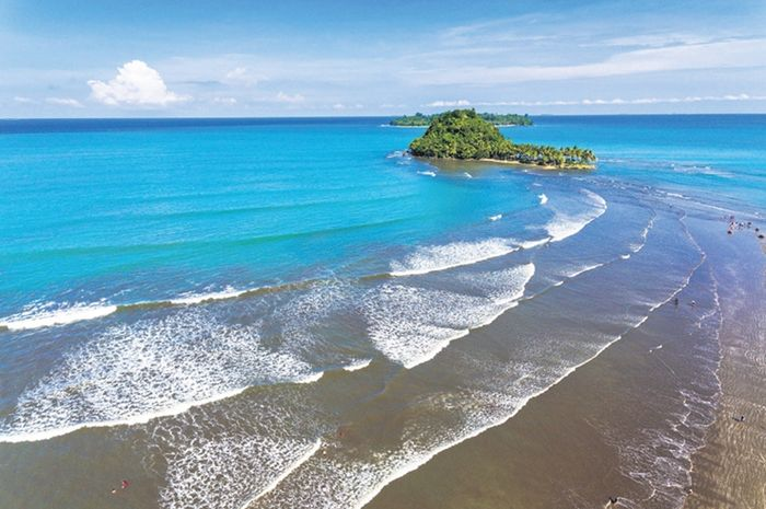 wisata pantai air manis