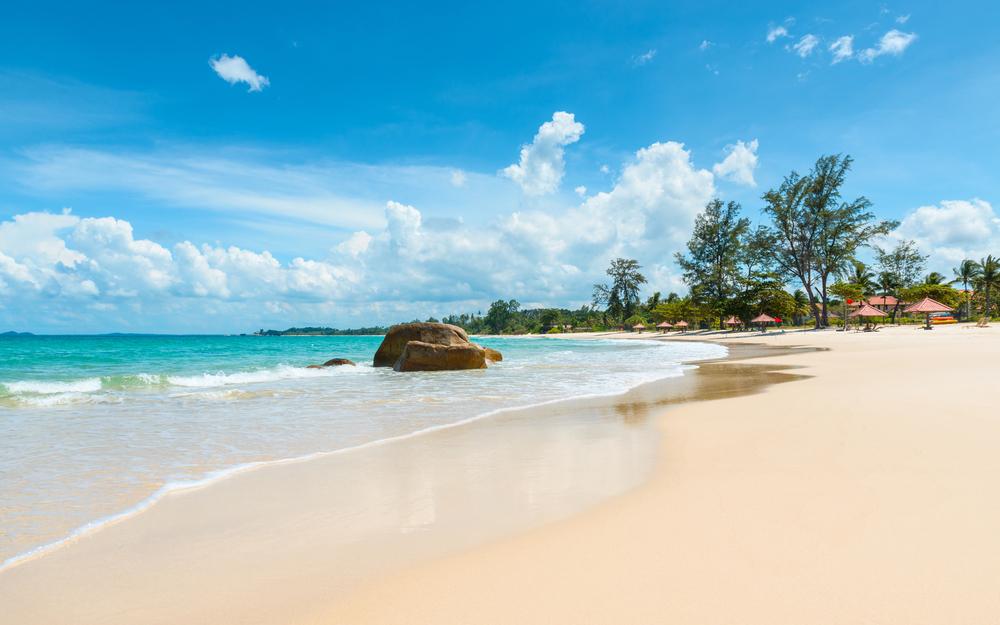 wisata pantai anyer 1