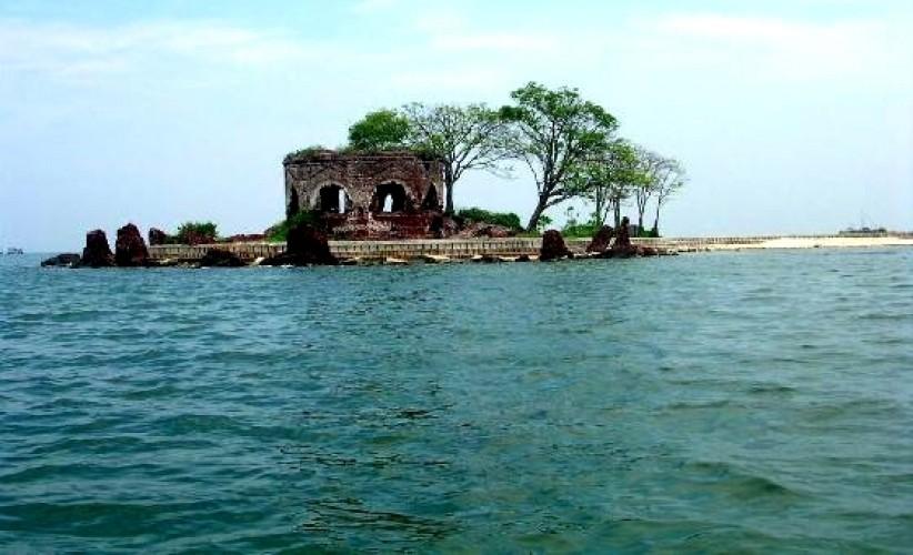 wisata pantai jakarta pulau bidadari