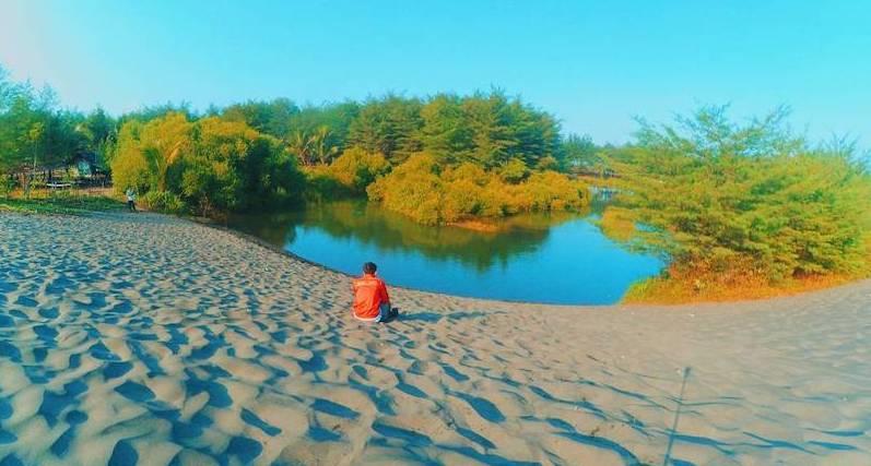 wisata pantai laguna lembupurwo kebumen