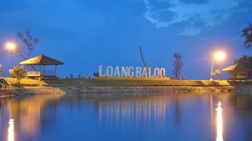 wisata pantai loang baloq di lombok