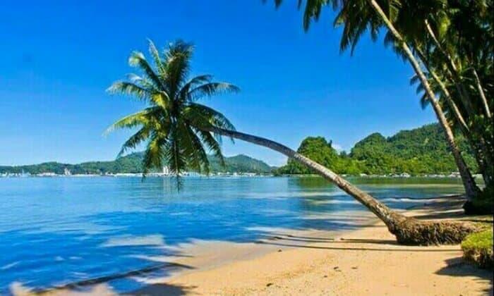 wisata pantai nirwana di padang