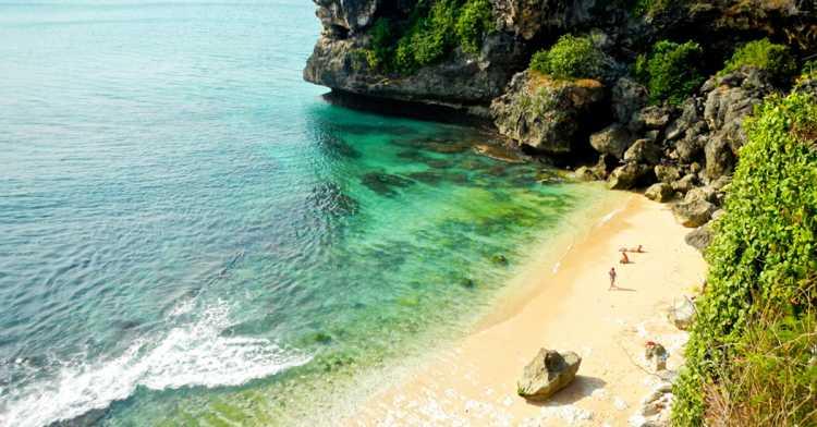 wisata pantai nyang nyang di badung bali