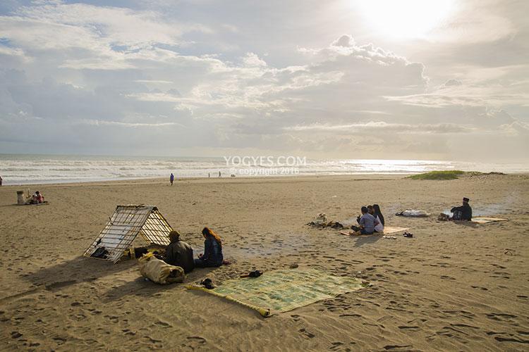 wisata pantai parangkusumo di bantul