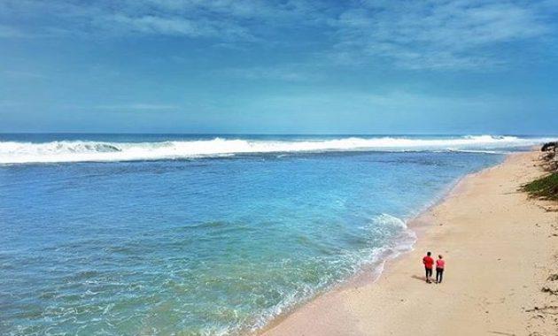 wisata pantai sayang heulang di jabar