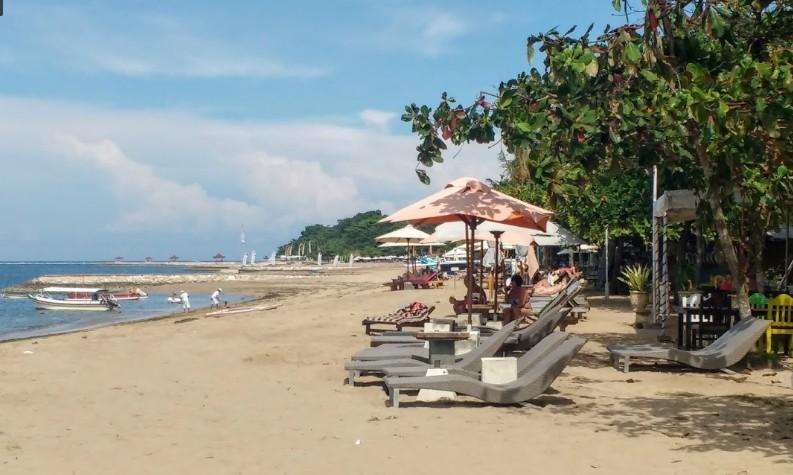 wisata pantai segara ayu di badung bali