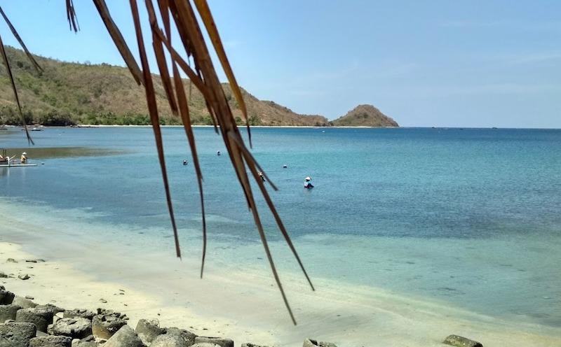 wisata pantai segara jelundungan di lombok