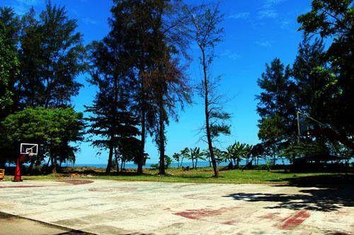 wisata pantai universitas bung hatta di sumbar