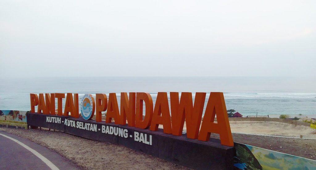 keindahan wisata pantai pandawa