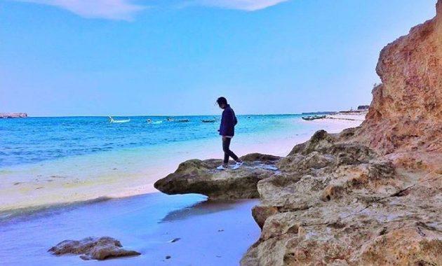 wisata pantai cemara di ntb