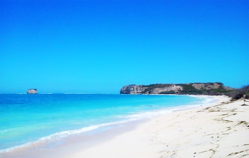 wisata pantai kaliantan di ntb