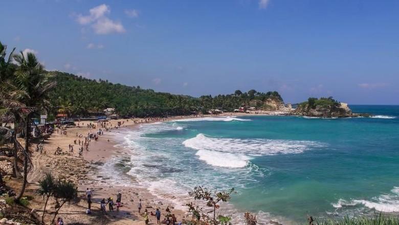 wisata pantai klayar terindah di indonesia