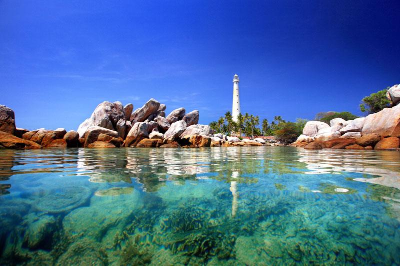 wisata pantai pulau belitung terindah di indonesia