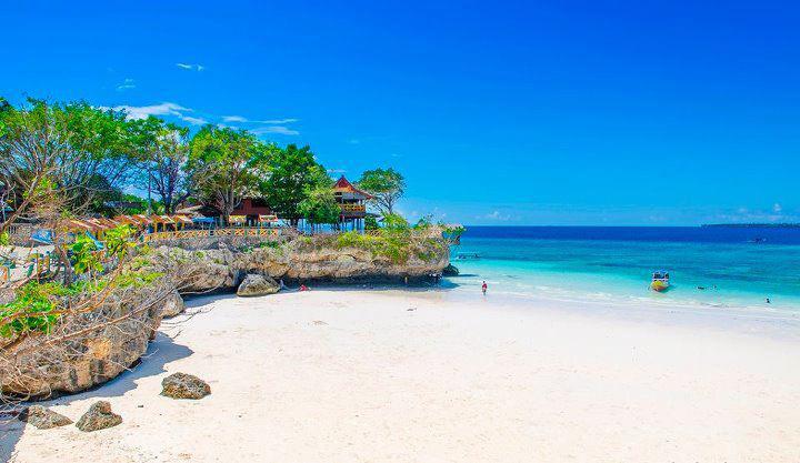 wisata pantai tanjung bira terindah di indonesia