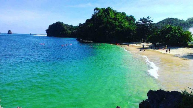 info alamat rute wisata pantai 3 warna malang jatim