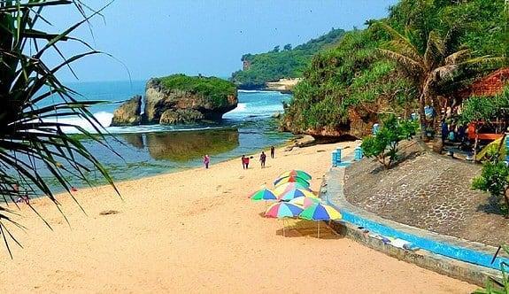 info berjemur wisata pantai kukup jogja