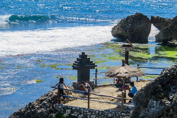 info spot foto keren wisata pantai ngobaran jogja