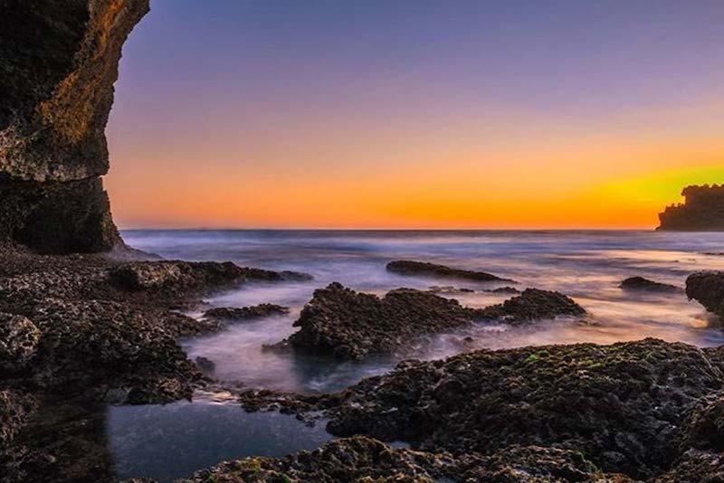 info sunset wisata pantai kukup jogja