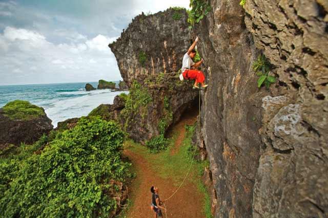 info tebing wisata pantai siung jogja