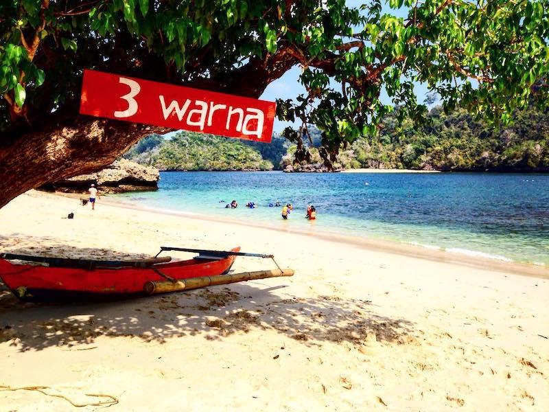 info tracking wisata pantai 3 warna malang jatim