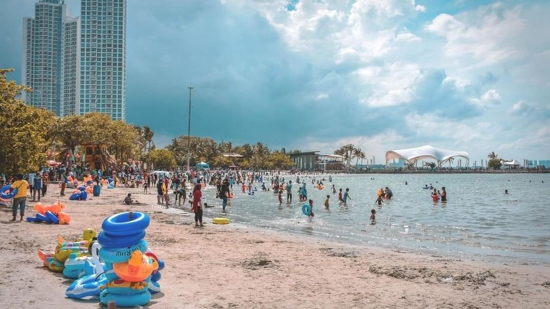 info wisata pantai ancol lengkap