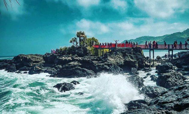 info wisata pantai menganti kebumen