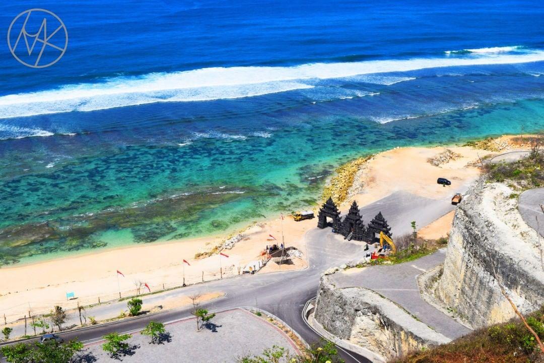 jam operasional wisata pantai melasti bali