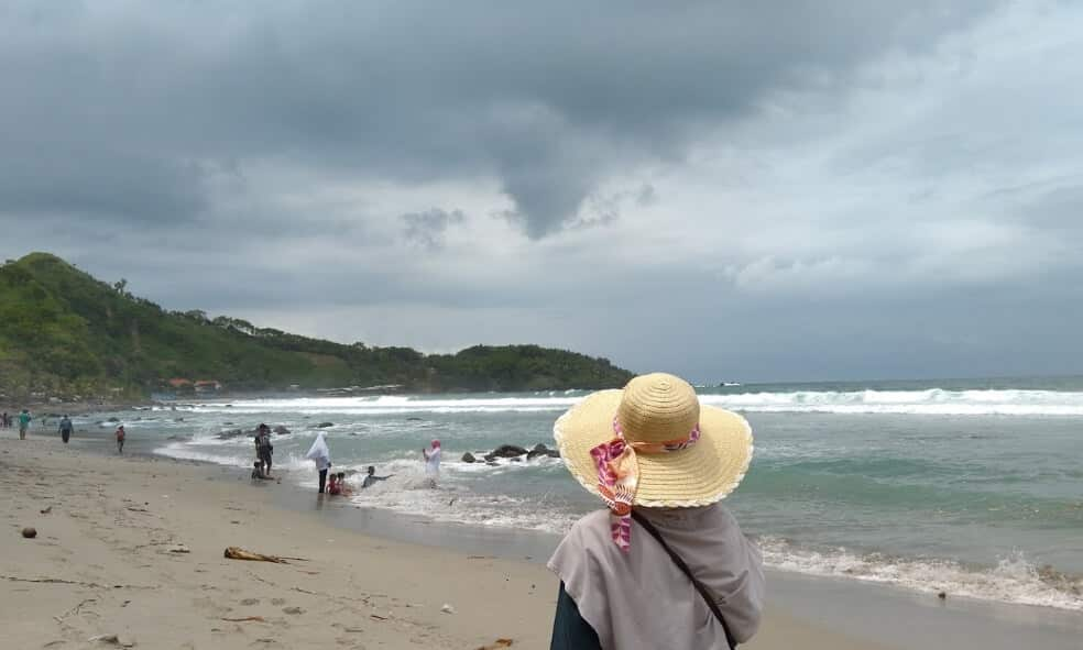 obyek wisata pantai menganti kebumen