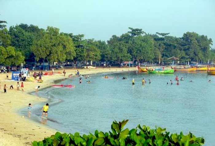 festival pantai bandengan