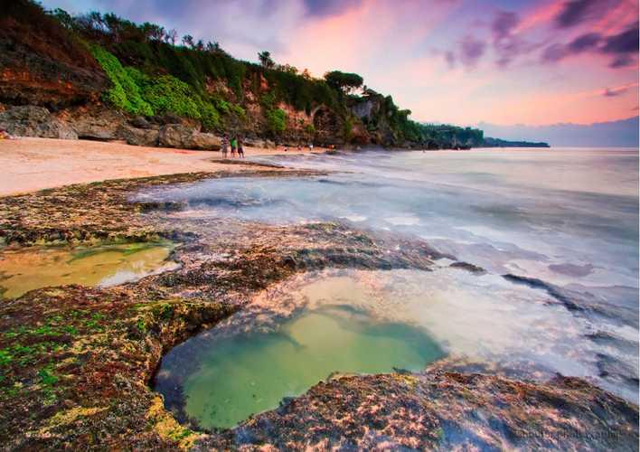 keindahan pantai tegal wangi