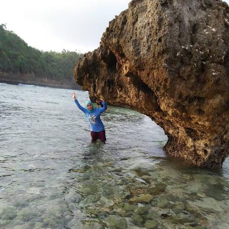spot wisata pantai watu leter