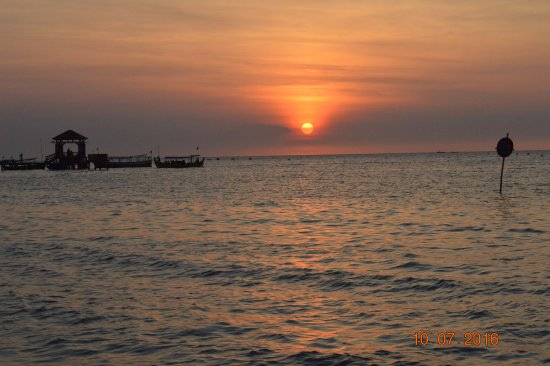 sunset pantai bandengan