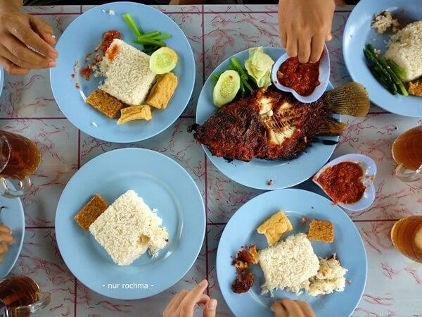 wisata kuliner pantai jungwok